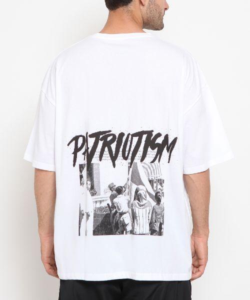 PATRIOTISM IS A MUST WHITE UNISEX-M